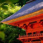 六殿神社の楼門